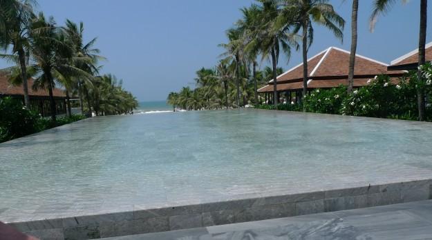 hoi-an-pool-p1160475