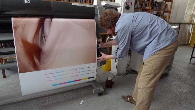 Ivan Mecl printet ein Stiefelfoto